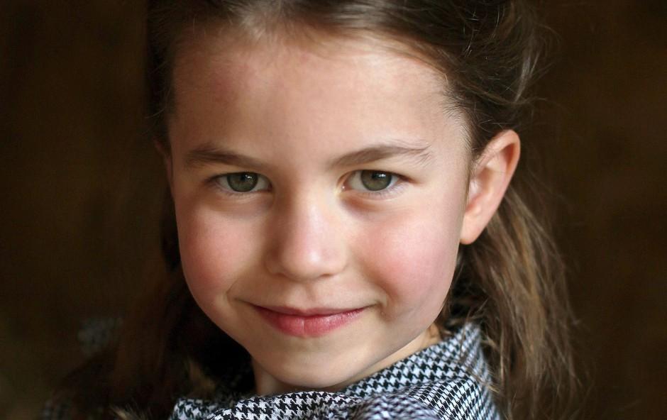 Ob petem rojstnem dnevu princese Charlotte je palača objavila ljubke fotografije, morate jih videti (foto: Profimedia)