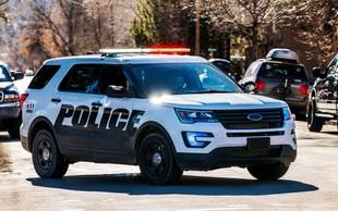 ZDA: 5-letnik vijugal po avtocesti, ustavila ga je policija