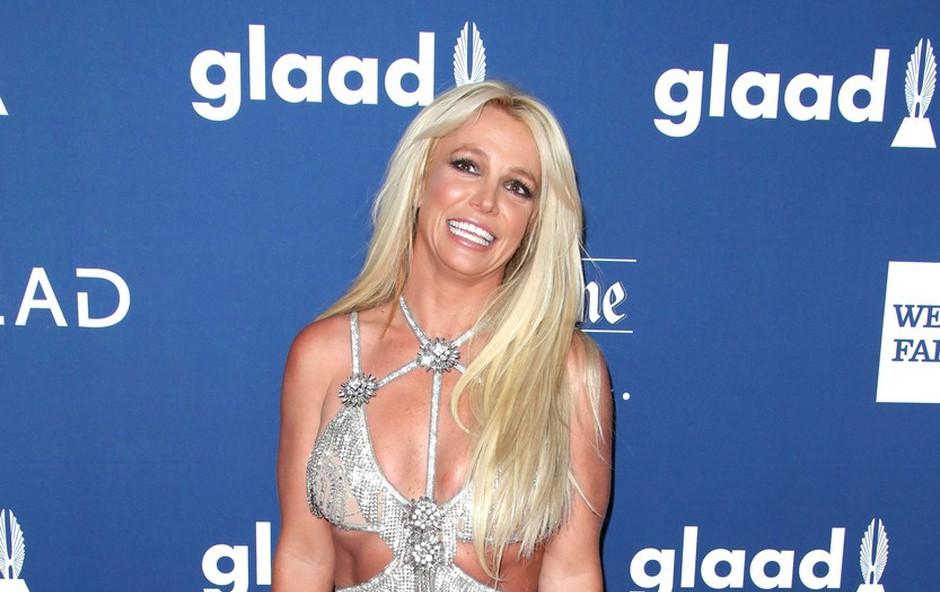 Britney Spears hotela pomiriti oboževalce, a ji ne verjamejo, da je z njo vse v redu: Posnetek je sprožil dodatne skrbi (foto: Profimedia)