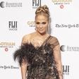Jennifer Lopez navdušila v modrčku, poglejte si, v katero znano osebo se je prelevila