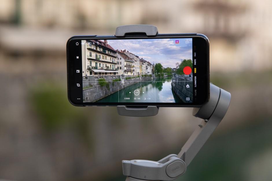 VABILO NA BREZPLAČNO DELAVNICO: Kako ustvariti popoln video z vašim pametnim telefonom? (foto: promocijski material)