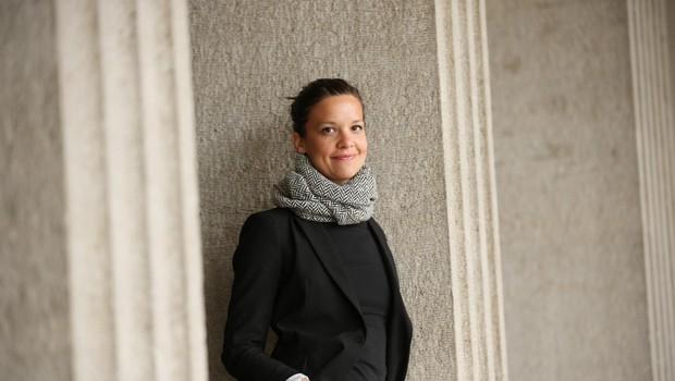 Ajda Valcl, režiserka predstave Dokler naju seks ne loči v izvedbi ansambla SLG Celje v sezoni 2015-16, v Celju, 14. aprila 2015. (foto: Foto: Uroš Hočevar Za Slg Celje)