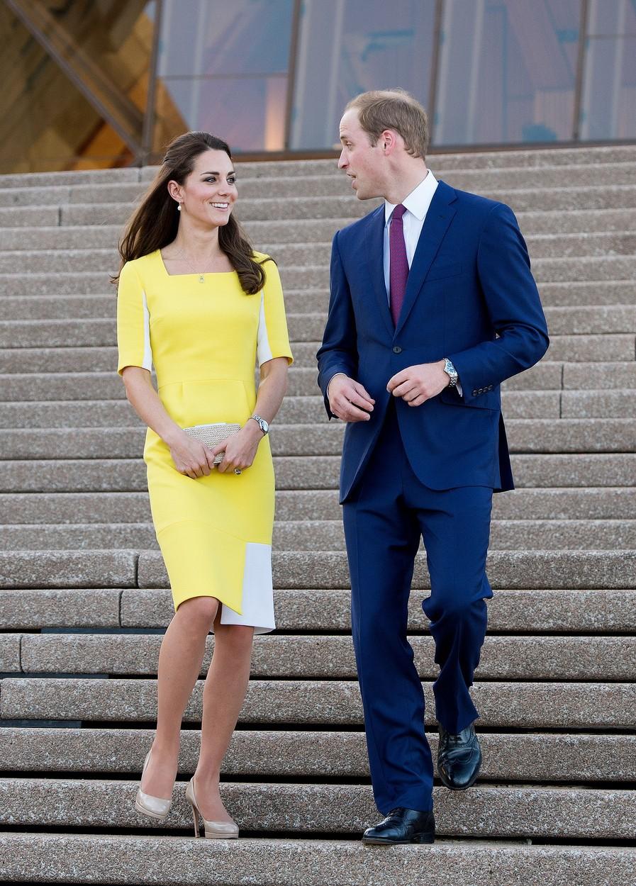 Te obleke Kate Middleton princ William nikakor ne mara, vojvodinji pa je dal tudi nič kaj lep kompliment, ko jo je prvič oblekla (foto: Profimedia)