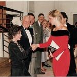Joan Collins je srečala tudi princeso Diano, ki je bila njena velika oboževalka. (foto: Foto: Solo Syndication/Solo/Profimedia Solo Syndication/Solo/Profimedia)
