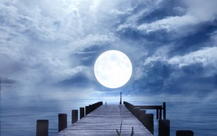 Šamanska astrologinja Gaia Asta razkrila, kaj nam prinaša Sončev mrk, ki prihaja to soboto