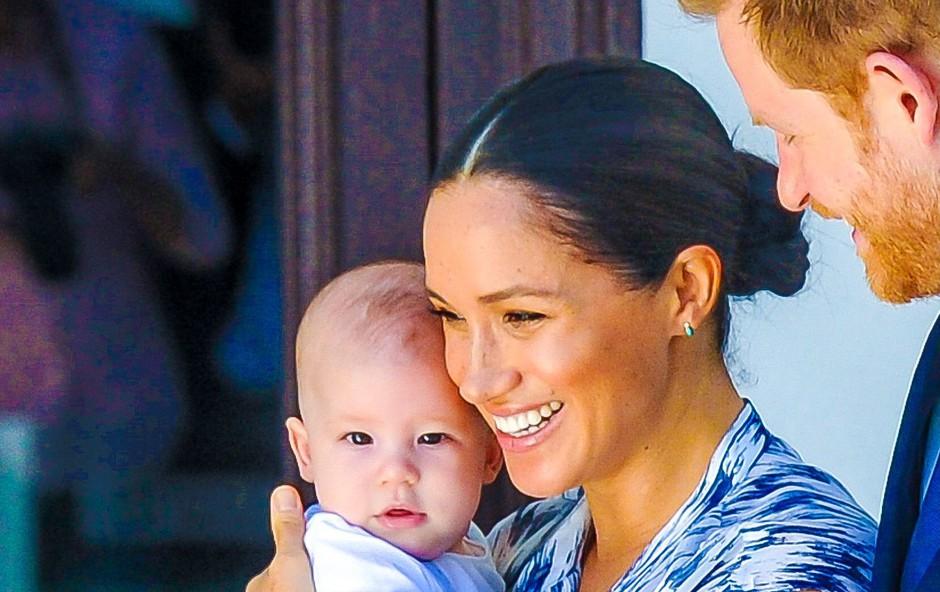 Nove fotografije malega Archieja kažejo na veliko podobnost z mamo Meghan (foto: Profimedia)