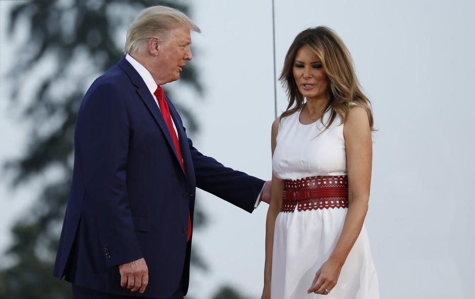 Melania Trump s čudovitim stajlingom pritegnila pozornost: Vse oči so bile uprte samo vanjo! (foto: Profimedia)