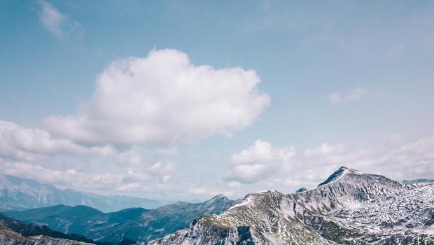 Oberhüttensee je le eno od visokogorskih jezer, do katerega je dostop iz Oberntaurna povsem netežaven tudi za tiste z malo kondicije. (foto: Foto: Pr)