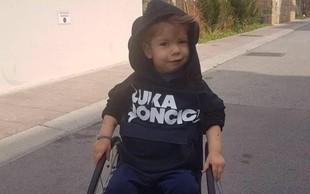 Se še spomnite fantka Krisa, ki je združil Slovenijo? Poglejte ga zdaj!