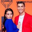 Ronaldo in Georgina z izzivalnimi slikami podžgala oboževalce: Oba sta videti izjemno seksi!
