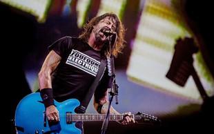 Frontman zasedbe Foo Fighters napisal pesem za desetletno bobnarko Nandi Bushell