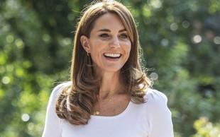 To je TRIK ZA 7€, zaradi katerega je Kate Middleton lahko ves čas v visokih petkah