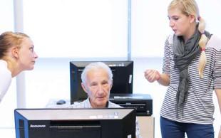 Neformalno se izobražuje največ Slovencev med 35 in 44 letom