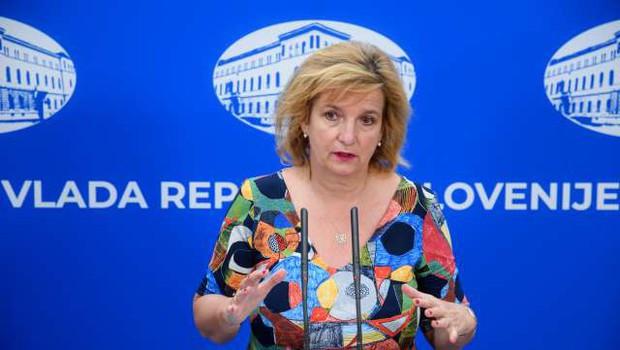 Beovićeva o tem, da je karantena le še vprašanje ur: Odpovejte vsa praznična srečanja (foto: Nebojša Tejić/STA)
