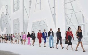 Tedeni mode: V živo ali online? (piše Petra W.)