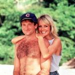 Robin Williams in Twiggy sta zaigrala skupaj v Club Paradise. Pravijo, da se je igralec tudi zaljubil vanjo. (foto: Foto: Ifa Film)
