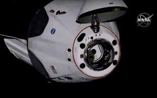 Uspešen pristanek kapsule dragon na ISS