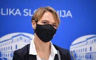 Minister Tomaž Gantar bo vladi predlagal razrešitev Tine Bregant