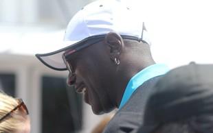 Michael Jordan namenil dva milijona dolarjev za lačne Američane