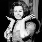 Leta 1962 je Sophia Loren prejela oskarja za najboljšo žensko vlogo v filmu Two Women. (foto: Foto: Profimedia)