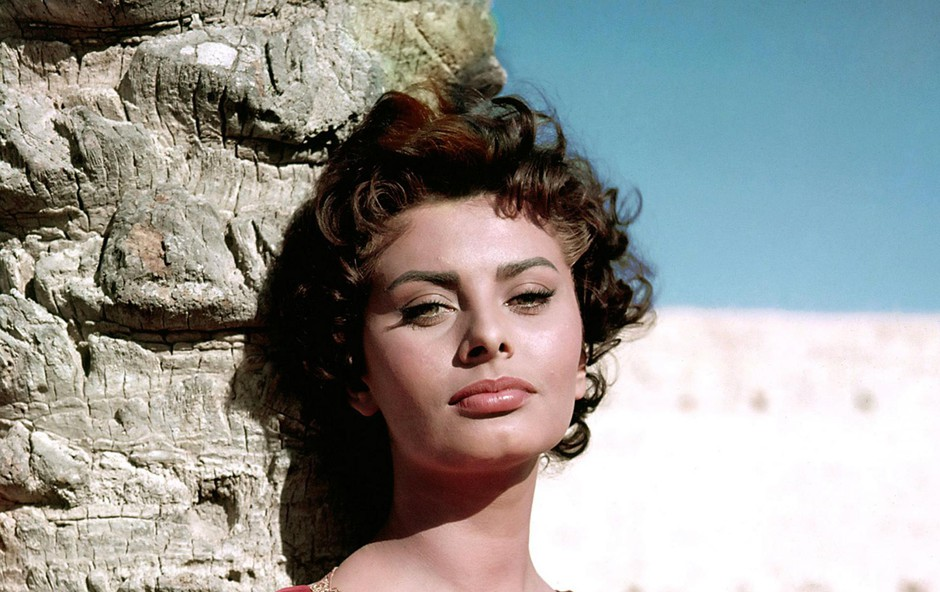 Leta 1957 iz filma Legend Of The Lost. (foto: Foto: Cinema Legacy Collection/The Hollywood Archive)
