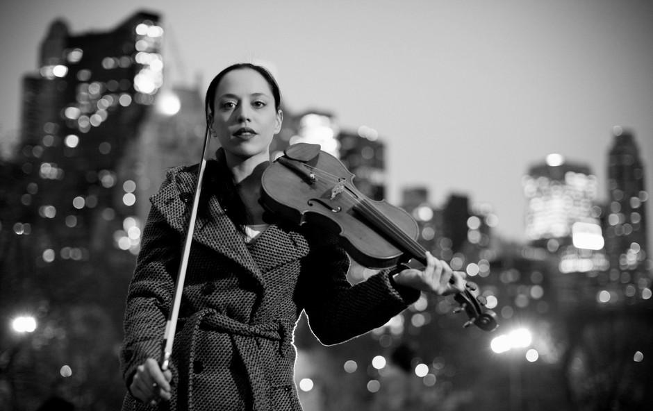 """Violinistka Anja Bukovec pred novoletnim koncertom: """"Nisem še našla besede, ki bi opisala to izredno stanje v kulturi"""" (foto: Anja Bukovec)"""