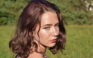 Dijakinja Aika Zakrajšek: »Ravno, ko smo postali najstniki, se nam je v življenje vrinila epidemija.«