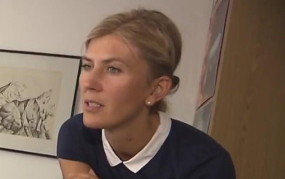 Novinarka POP TV iskreno o tem, da zaradi službe včasih tudi joka (foto: You Tube)