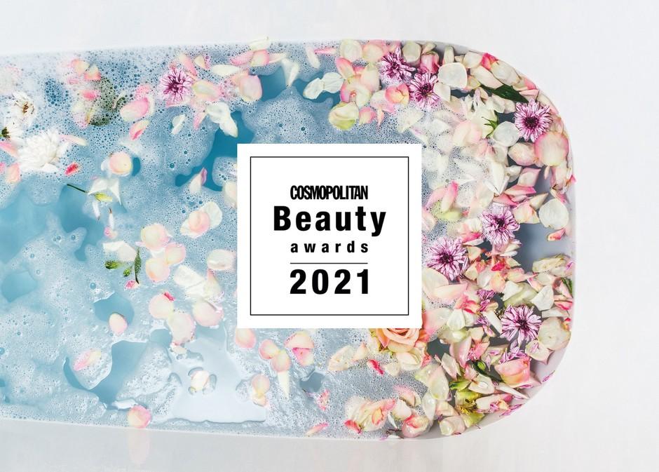"""Izbiramo NAJBOLJŠE lepotne 💅🏼 izdelke najslabšega leta """"ever"""" (prihajajo COSMOPOLITAN BEAUTY AWARDS 2021) (foto: Cosmopolitan uredništvo)"""
