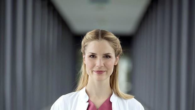 Mirka Pigulla iz serije Mladi zdravniki na preizkušnji (foto: TV3)