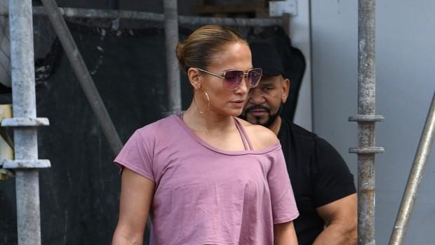 Uf, Jennifer Lopez v miniaturnih bikinkah čisto obnorela oboževalce, ta prizor je nepozaben! (foto: Profimedia)
