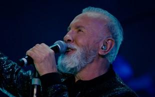 Dino Merlin predstavil novo pesem z videospotom, ki je hitro imel več kot milijon ogledov