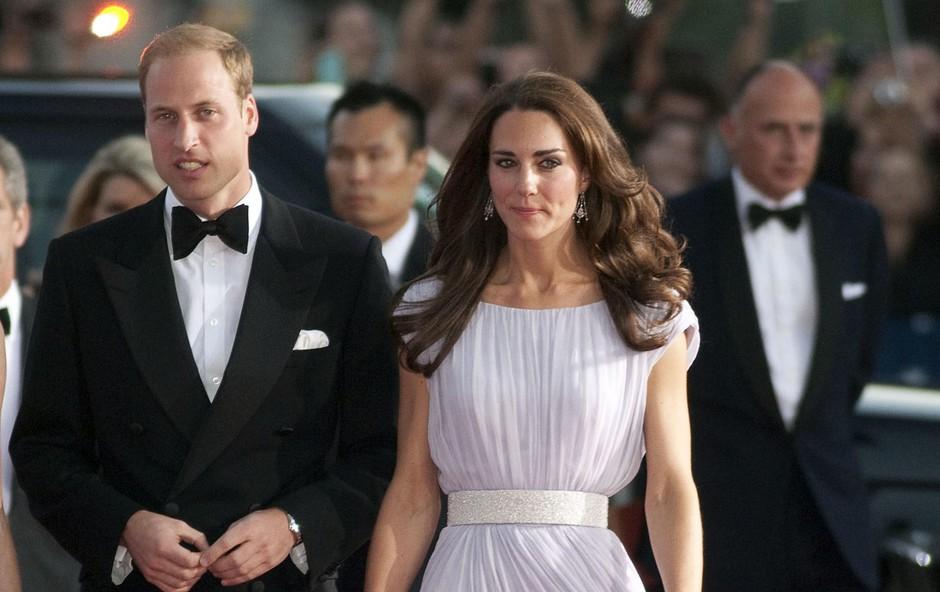 Že kmalu po poroki se je Kate prelevila v elegantno vojvodinjo. (foto: Foto: Profimedia Profimedia)