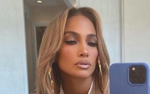 """Ajej, Jennifer Lopez so si takole grdo privoščili, kritiki so jo spraševali: """"Ali imaš doma ogledalo?"""""""