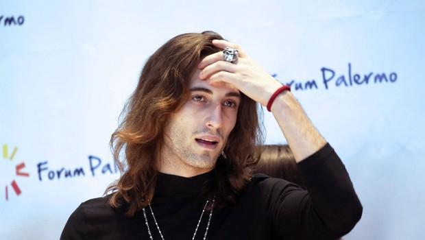 Damiano (Måneskin) poskrbel, da se o njem govori: Samo poglejte TO drzno kombinacijo, nekateri so se držali za glavo (foto: Profimedia)