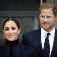 Princ Harry in Meghan Markle sta se sprehajala po New Yorku (prvič v javnosti po rojstvu njune hčerke Lili)