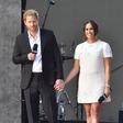 Princ Harry in njegova Meghan sta bila videti tako zaljubljena, kot da se je njuna pravljica šele začela, samo poglejte ju!