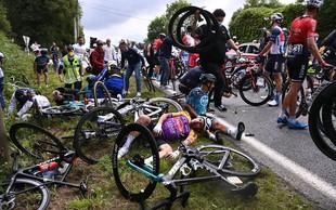 Sojenje gledalki, ki je povzročila nesrečo na Tour de France – kakšna kazen jo čaka